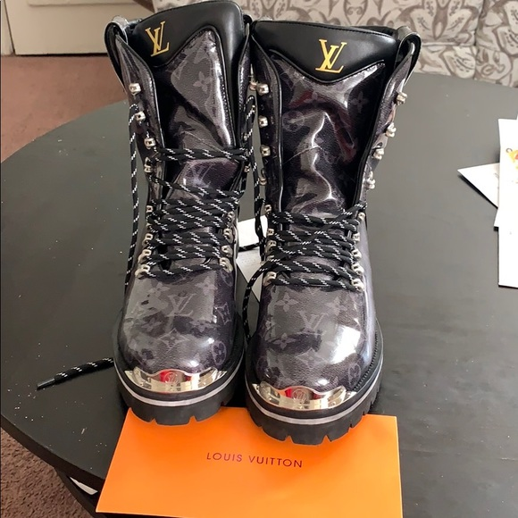 Louis Vuitton Men Boots